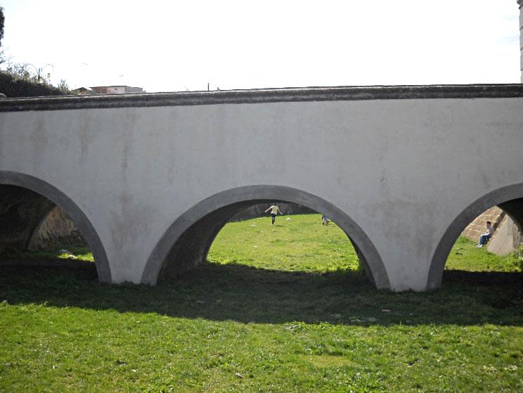 blocco del portale di accesso del Castello Baronale